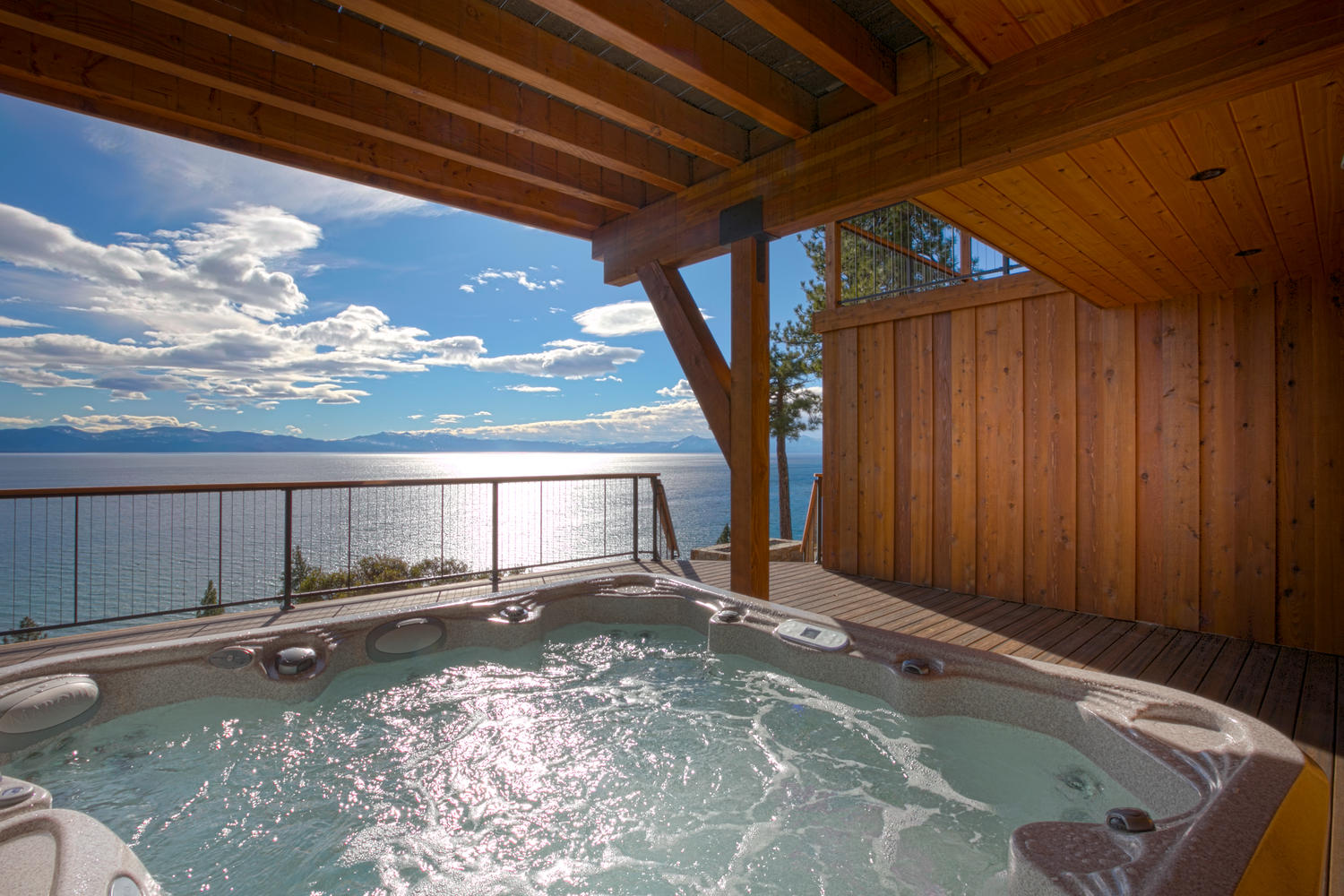 Lake Tahoe Rentals with Hot Tub | Tahoe Getaways
